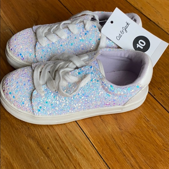 BRAND NEW Sparkly tennis shoes